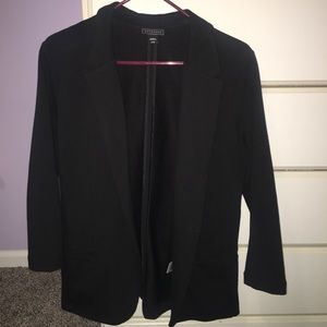 Black One-Button Blazer